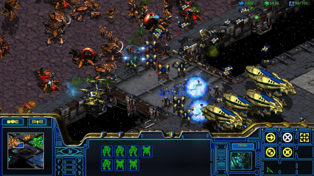Game2_Space_ProtossRush_SpectatorPerspective_01